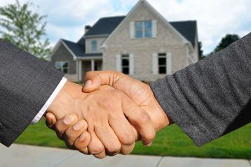 estate sale agreement shake hands