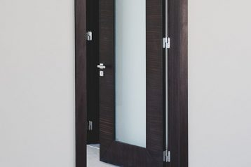 inside glass door handle